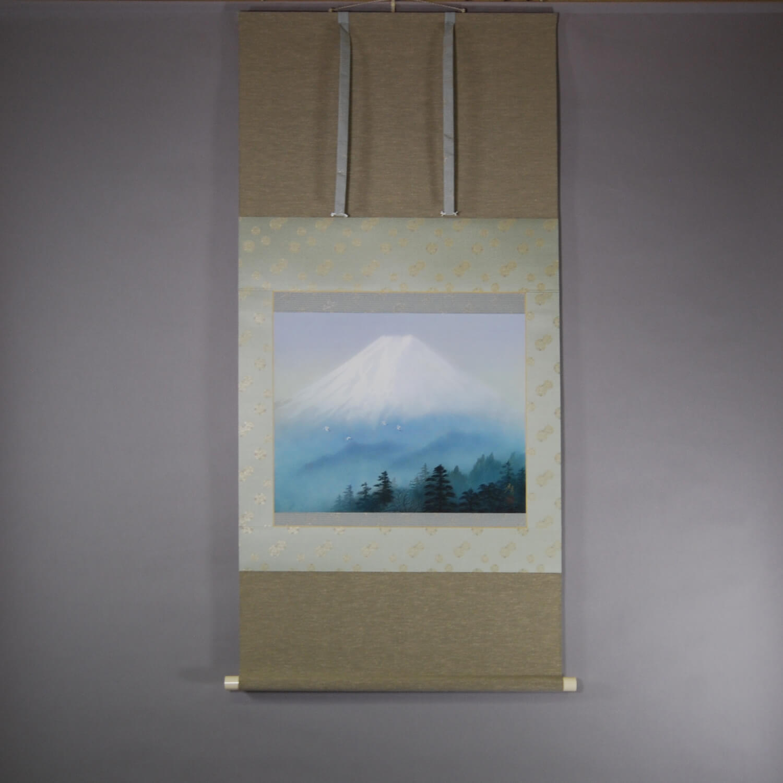 Mt. Fuji and Cranes / Tomo Katou