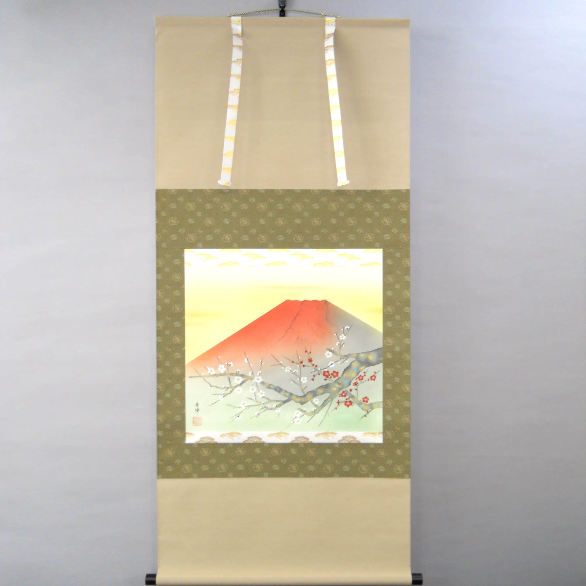 Red Mt. Fuji and Kōhaku Plum Blossoms / Shūhō Inoue